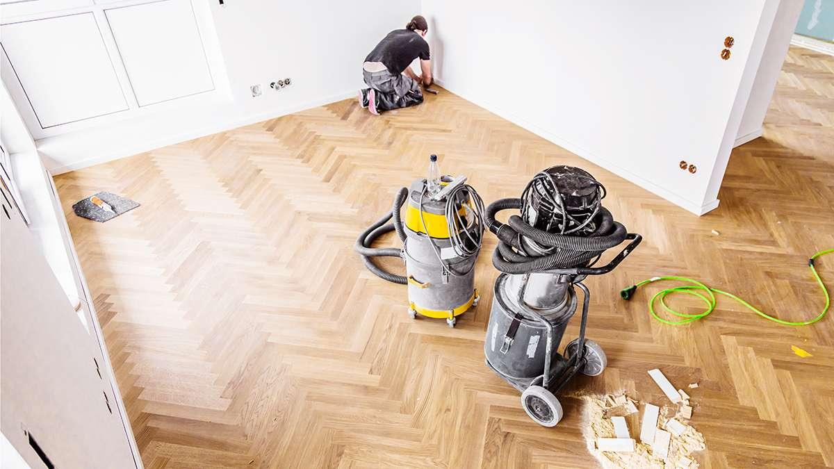 Sanding & Refinishing Your Wood Floors